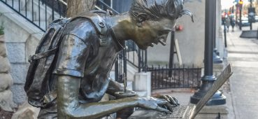 Photo of Montreal student statue.